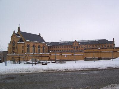 Teil der Gebäude der JVA Bautzen , Von Benutzer Knarf-bz - Selbst fotografiert, Gemeinfrei, https://commons.wikimedia.org/w/index.php?curid=12021824