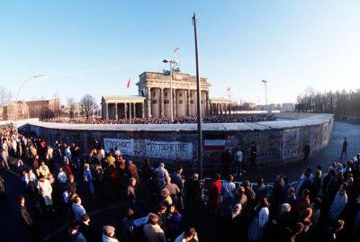 22.12.1989: Brandenburger Tor wieder offen